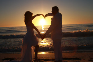 Having A Wedding On The Beach In Florida Can Offer Some Of Most Amazing Natural Lighting